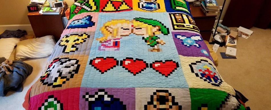 Mulher presenteia marido com manta de Legend of Zelda feita à mão