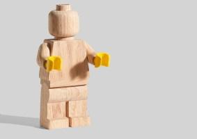 LEGO de madeira chega em celebração aos clássicos