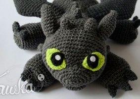 Um Banguela de Crochê de Como Treinar Seu Dragão