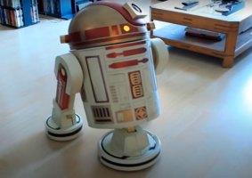 Droide de limpeza R9-D9 é feito a partir de Roomba