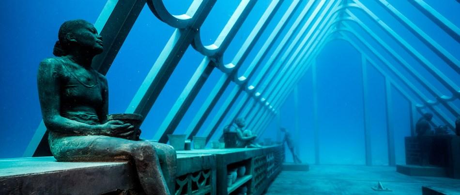 O santuário de corais de Jason deCaires Taylor