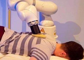 Que tal um robô massageador para aliviar o stress?