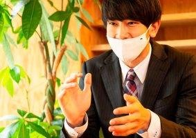 Máscara super tecnológica é fabricada também em versão com nariz de fora (!?)