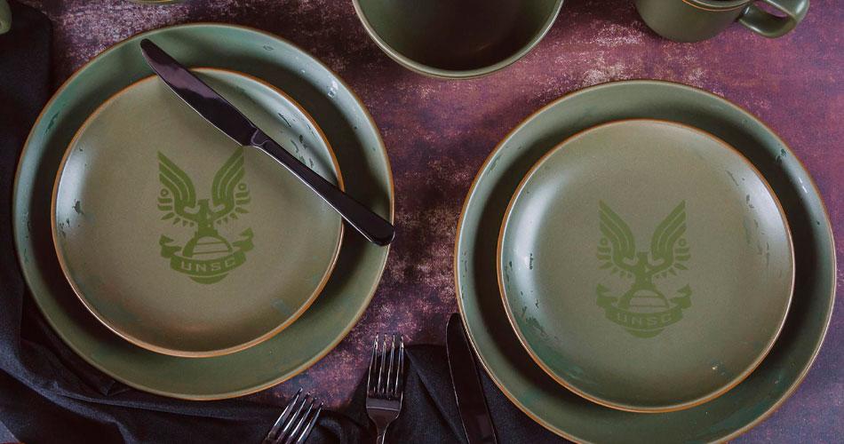 Loja lança jogo de pratos do Halo e mais itens para casa
