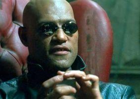 Laurence Fishburne ainda tem os óculos que ele usa em Matrix