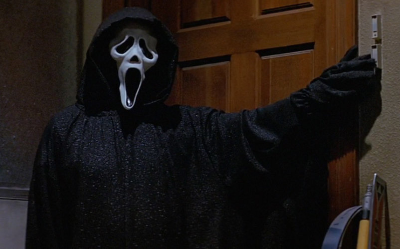 One of the most iconic costumes of all time — happy 20th anniversary, ghost face!
