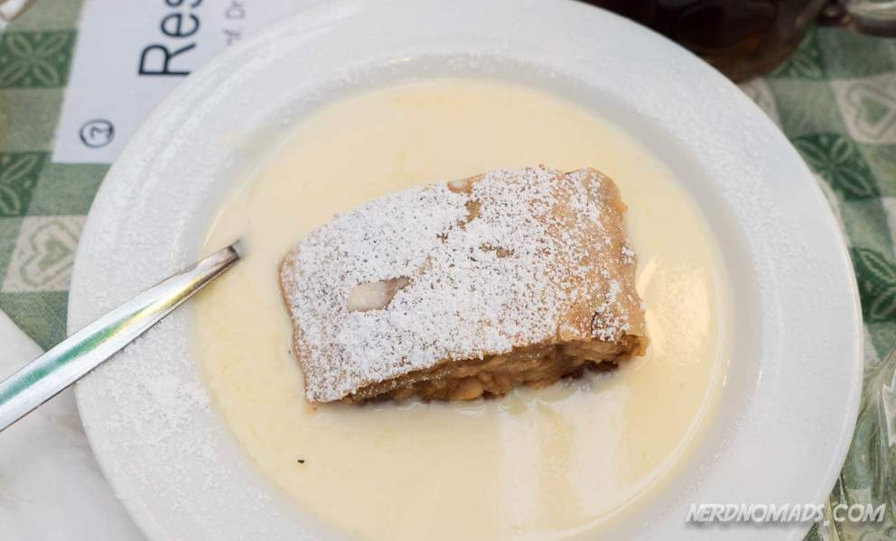 Apfelstrudel = apple cake with warm custard