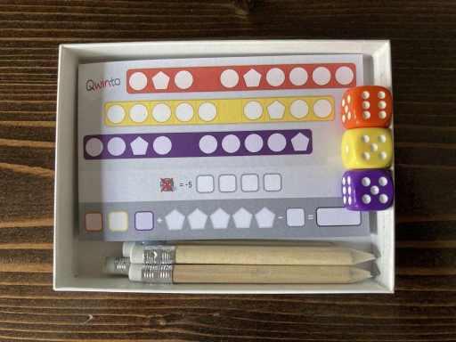 Qwinto Board Game