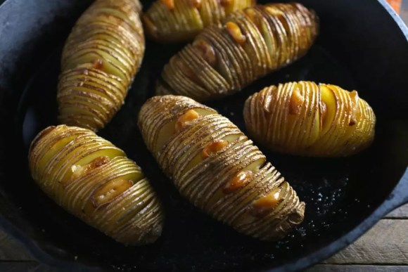 Hasselback Potatoes with Easy Garlic Confit