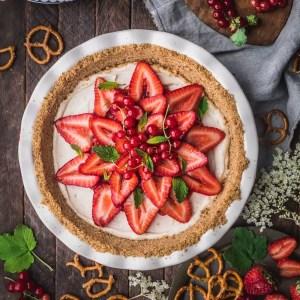 Strawberry Pretzel Pie