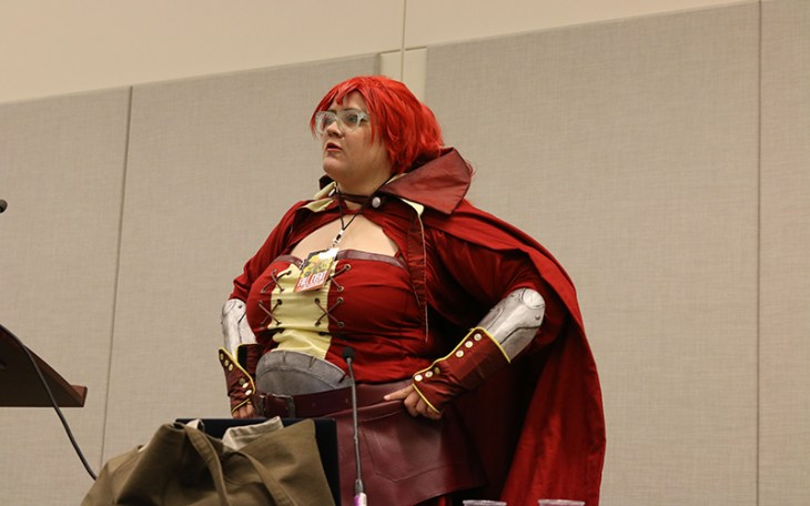 Kimberly Speer, 28, dressed as Amber from Fire Emblem, leads the conversation at Phoenix Comicon on how to succeed at creating costumes regardless of weight or size. Previously bullied for her costumes, she now preaches confidence and community to concerned players. (Photo by Devin Conley/Cronkite News)