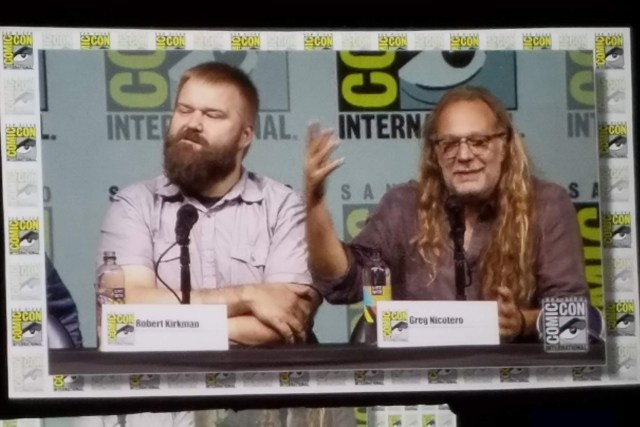 Robert Kirkman (left) and Greg Nicotero (right)