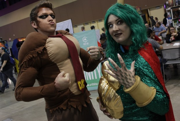 Keeping it classic: Donkey Kong and King K Rool cosplayers pose for the camera. Photo by Justin Franco.