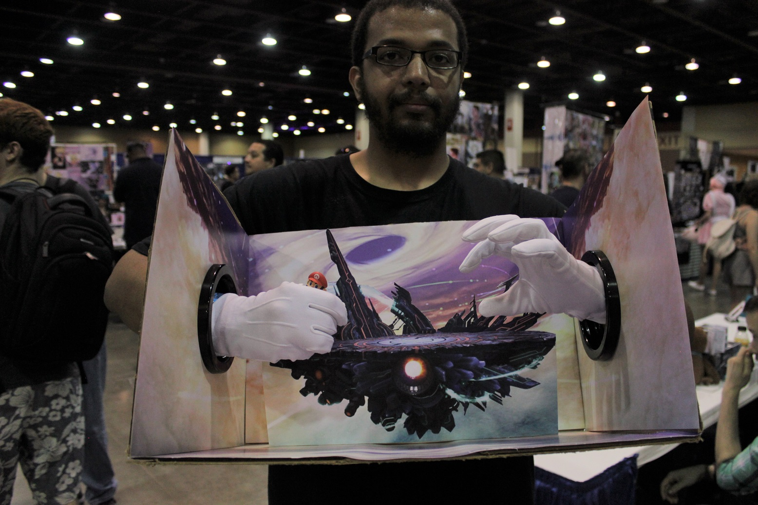This Master Hand cosplayer holds the whole Super Smash Bros. stage in his grasp. Photo by Justin Franco.