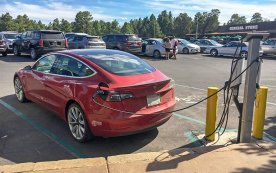 There are 11 charging stations available in or near Grand Canyon National Park, making the natural wonder more accessible for electric vehicle owners. (Photo courtesy Michael Quinn/NPS)