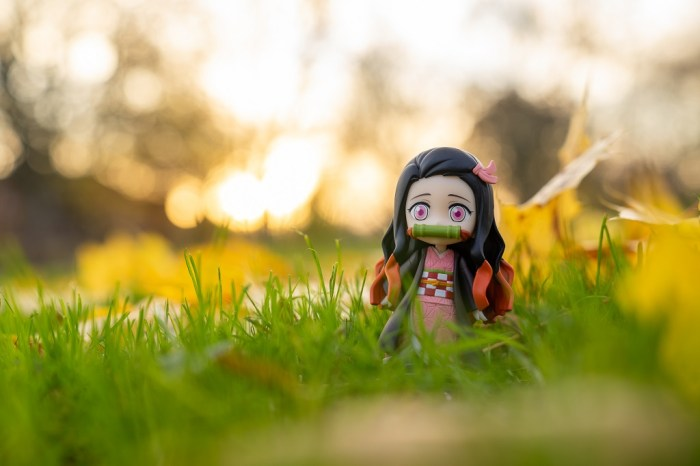 Nezuko Demon Slayer Figur Sonnenuntergang