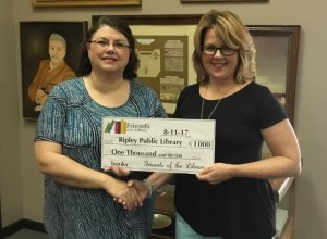 Ripley Friends of the Library Make a Donation