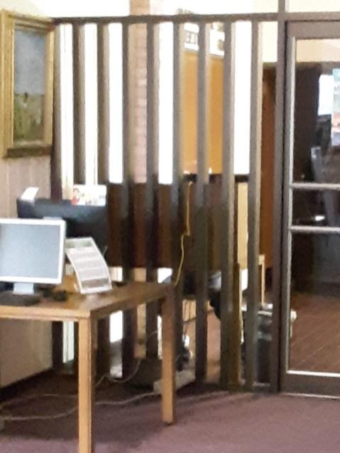 Public Computer Access at George E Allen Library