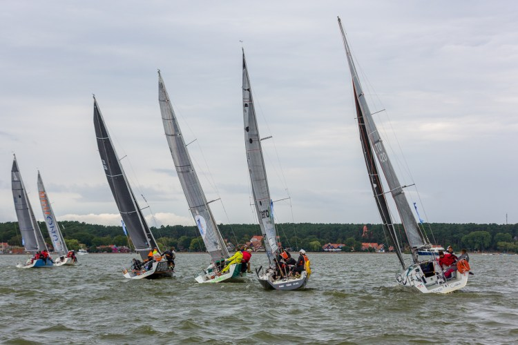Kuršių marių regata link finišo 2019
