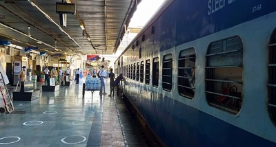 Train carrying stranded people reaches in Assam