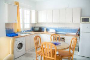 Apartamentos con cocina en la Playa de Burriana de Nerja