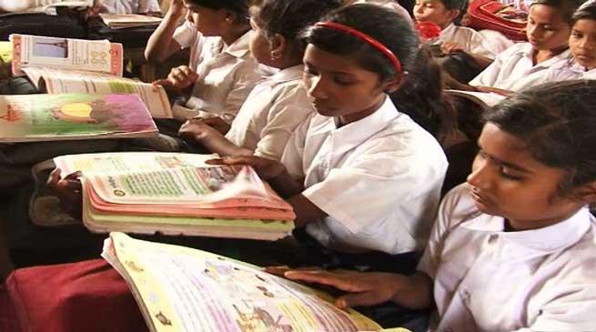 स्कूलों में 8वीं कक्षा तक संस्कृत अनिवार्य