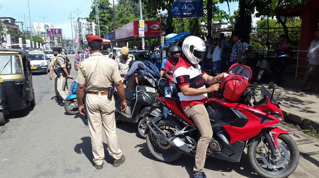 ट्रैफिक कानून के उल्लंघन के खिलाफ अभियान