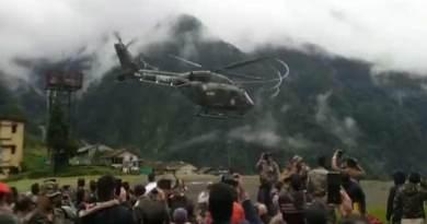 सिक्किम: बारिश एवं भूस्खलन में फंसे पर्यटकों सेना ने सुरक्षित बाहर निकाला