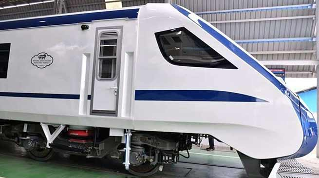 ट्रेन 18- भारत का पहली बिना इंजिन वाली ट्रेन , स्पीड 160 km प्रती घंटा