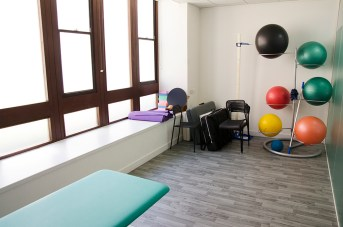 clinic treatment contemporary 4
