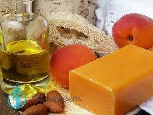 Из чего состоит масло персика
