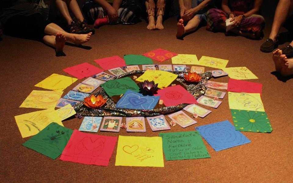 altar-tarot-sacred circle-angel cards