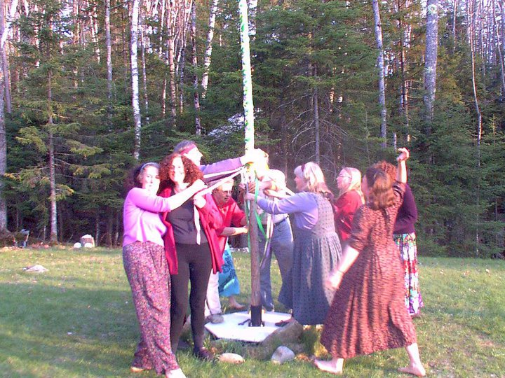 sacred circle-circle dance-world dance-ongoing events-unity-maypole