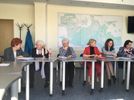 Национальные проекты или формальности: общественники поставили тольяттинских чиновников перед выбором