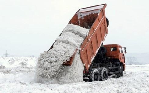 В Самаре 8 специализированных площадок готовы принять около 600 000 тонн снега