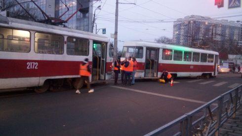 В Самаре с рельсов сошёл трамвай