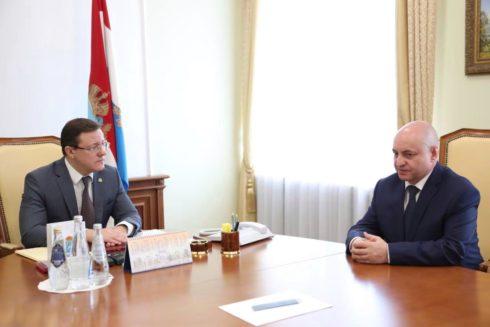Дмитрий Азаров провел встречу с новым руководителем УФСБ по Самарской области