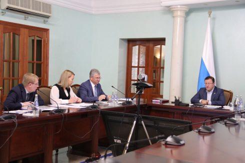 Президент АВТОВАЗа поблагодарил Дмитрия Азарова за меры поддержки