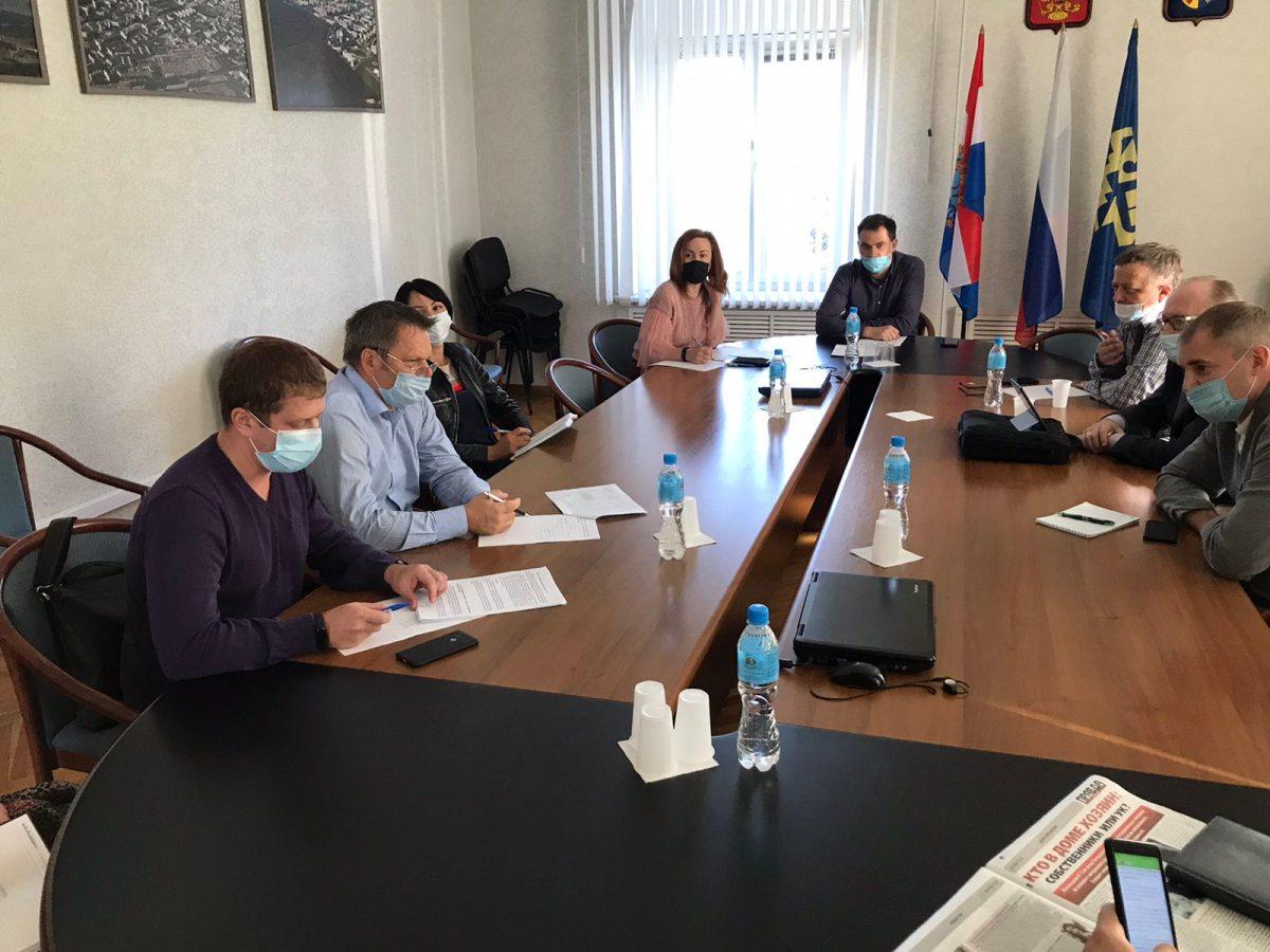 Тольяттинские депутаты упрекнули Министерство имущественных отношений  в отписках