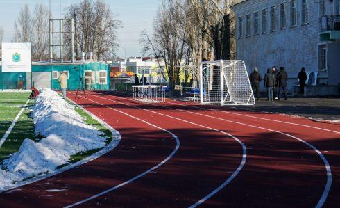 В Самаре в поселке Мехзавод завершены работы по капитальному ремонту стадиона «Салют»