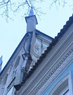 Самарцы озабочены судьбой старинного здания на улице Алексея Толстого