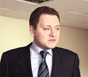 Александр Хинштейн просит привлечь к уголовной ответственности сына экс-губернатора Самарской области