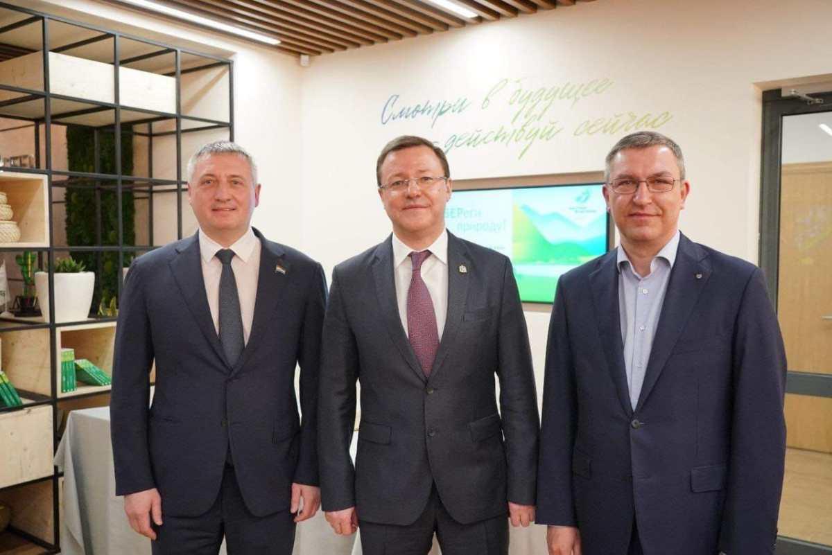 В Самаре открыли первый в стране общественный центр «СберБанка»