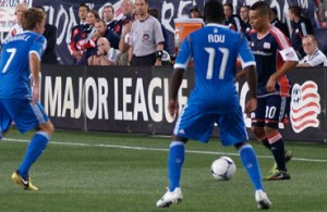 The Union midfield did well to silence Fernando Cardenas and the Revolution's midfielders. (Photo: Walter Silva)