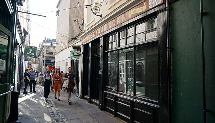 Ben Oakley Gallery Greenwich - nessymon