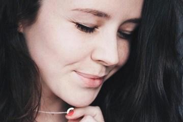 Laura Elizabeth Hughes Promo shot