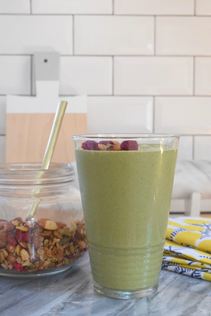 Smoothie Recipe- Healthy Smoothie Recipe with Spinach and topped with Paleo Granola