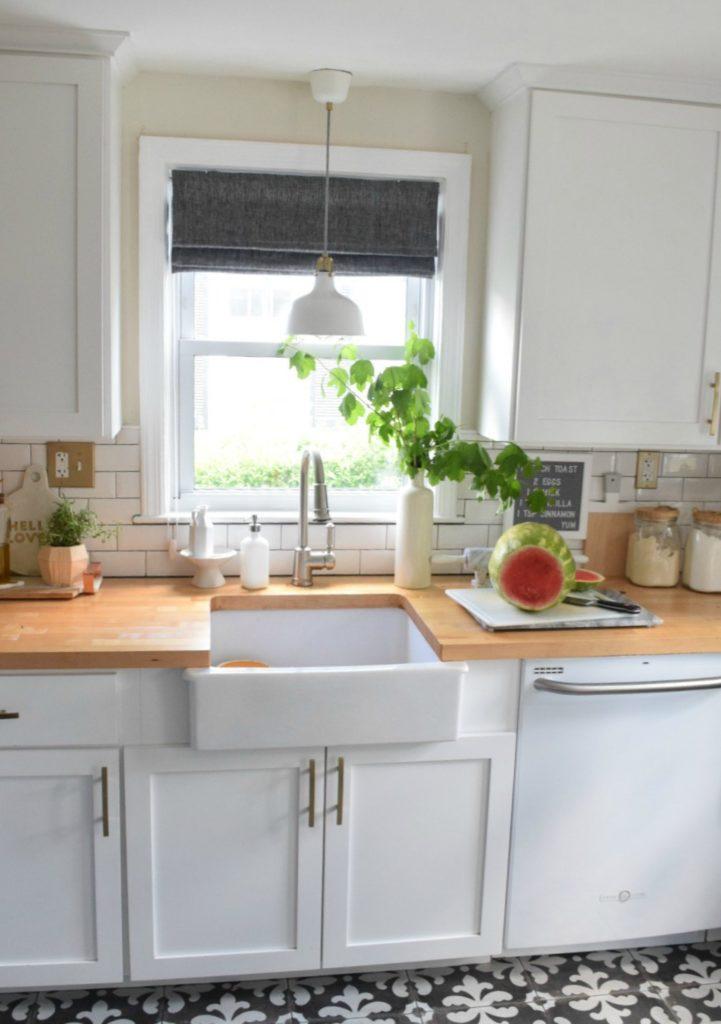 Friday Favorites- Kitchen Favorites and String Lights