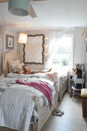 bedroom shared wall accent way bed say again