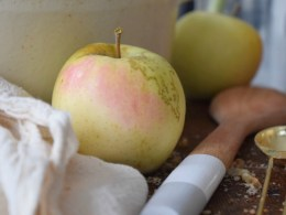 Paleo Apple Crisp- The Best Guilt-Free and Gluten-Free Dessert